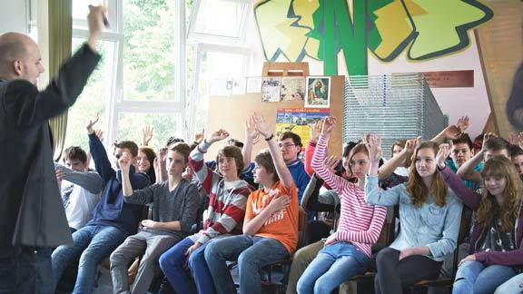 Moltopera-school2-sm